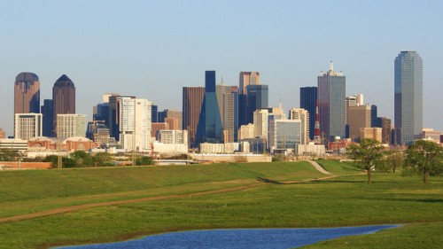 downtown-dallas-from-the-trinity-river_l